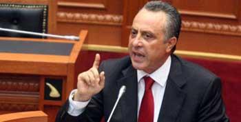 Deputetet e PD : Ti hiqet mandati Fidel Yllit