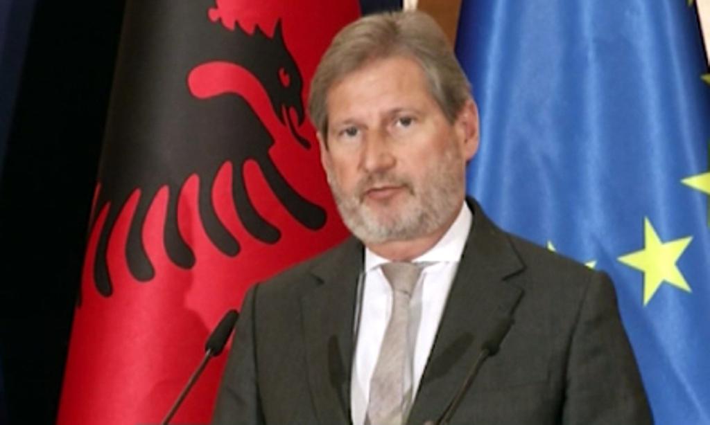 Ministri Bushati: Faleminderit Hahn për angazhimin dhe mbështetjen tuaj
