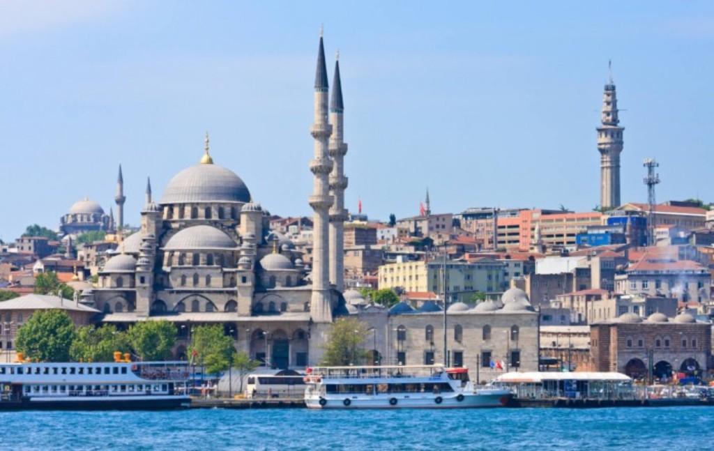 Hajro Limaj: Shqipëria duhet të distancohet sa më shumë nga politikat e Erdoganit