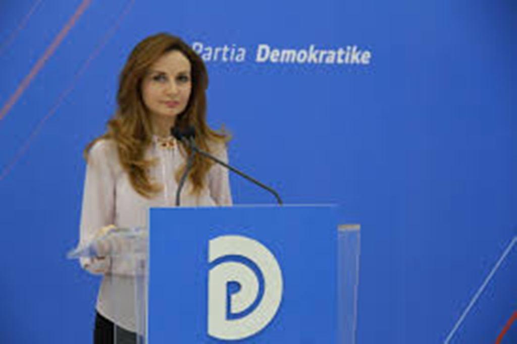 Jorida Tabaku për inceneratorët: Kryeministri nuk pyet për ligjin sepse e konsideron veten përmbi të