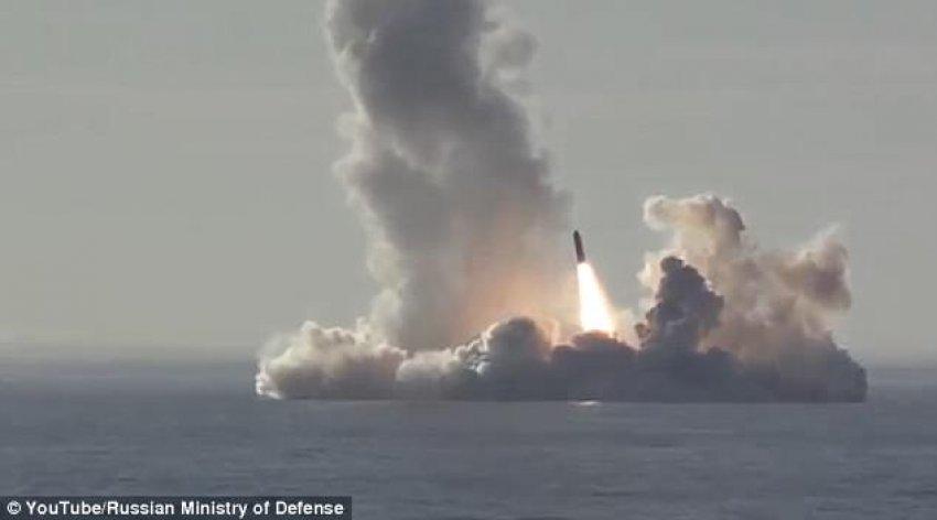 """""""Filloi Lufta"""",  Rusia lëshon  4 reketa balistike në Detin e Bardhë"""