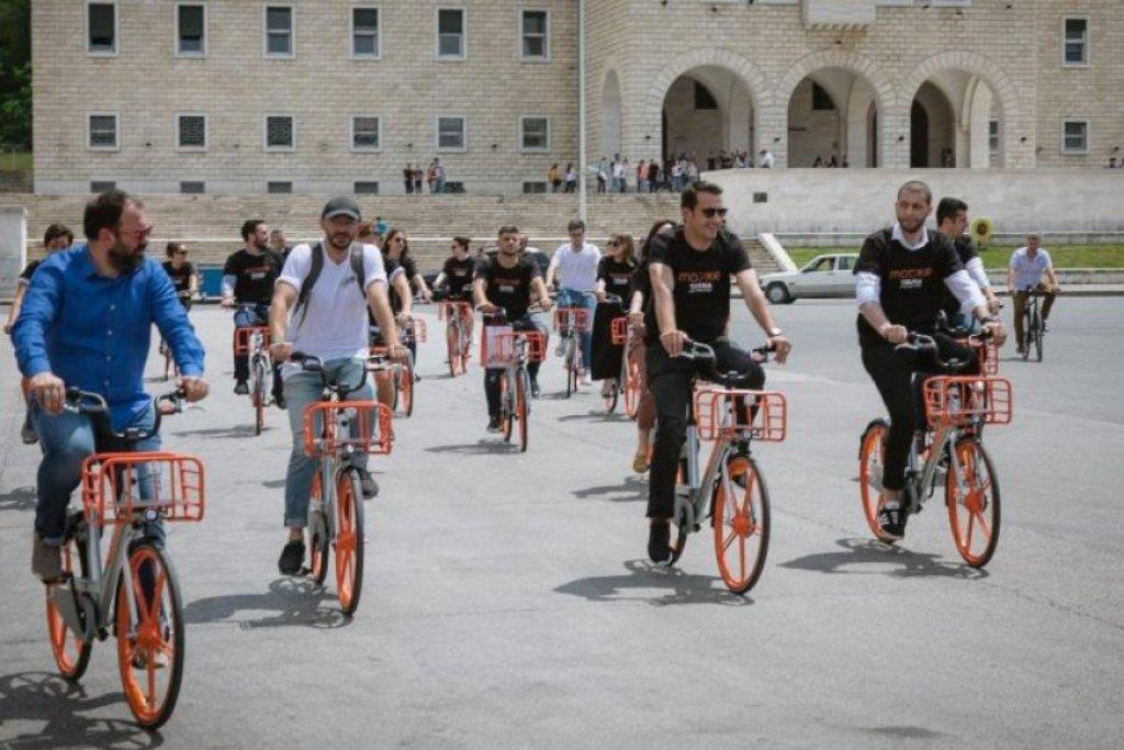 """Tirana befason, qyteti i parë në Ballkan që sjell sistemin e biçikletave pa stacion """"Smart Bike Share"""""""