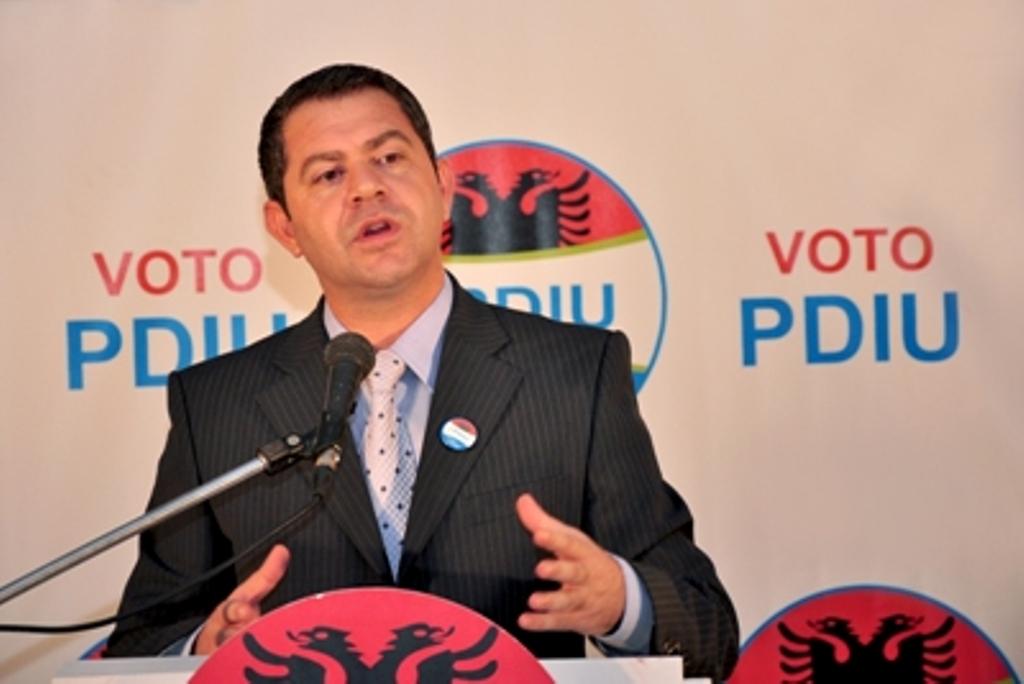 Shpëtim Idrizi: Lajmet e vjetra të deputeteve të larguara nga PDIU sot shiten si të reja