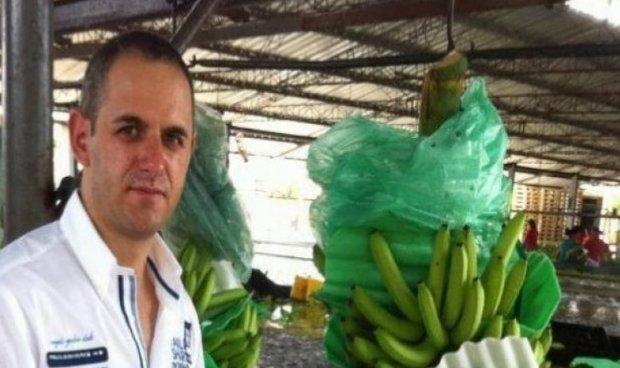 Arbër Çekaj i bananeve kërkon rikthimin e pasurive