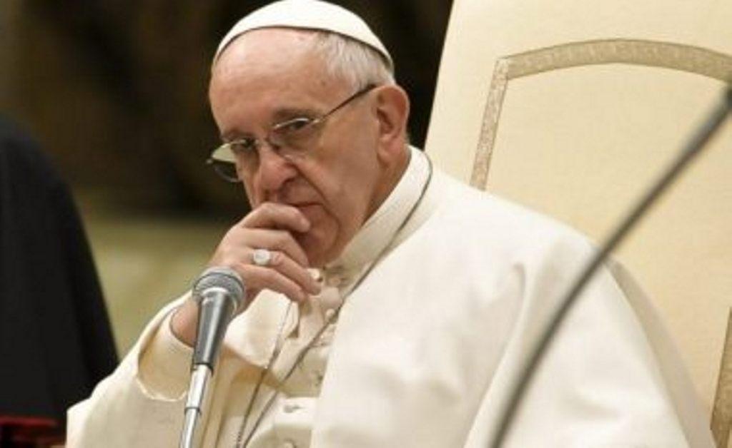 Papa Françesku denoncon heshtjen ndaj dhunës në Lindjen e Mesme