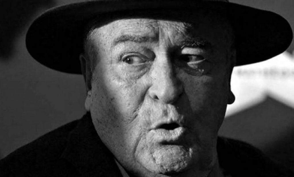 Vdes regjisori i famshëm, Bernardo Bertolucci