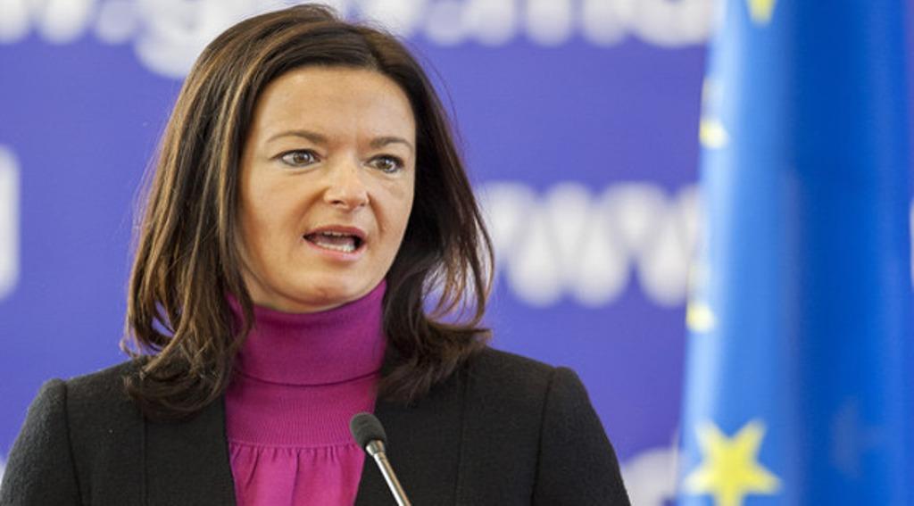 Tanja Fajon: Jam e shqetësuar, procesi i liberalizimit të vizave po politizohet