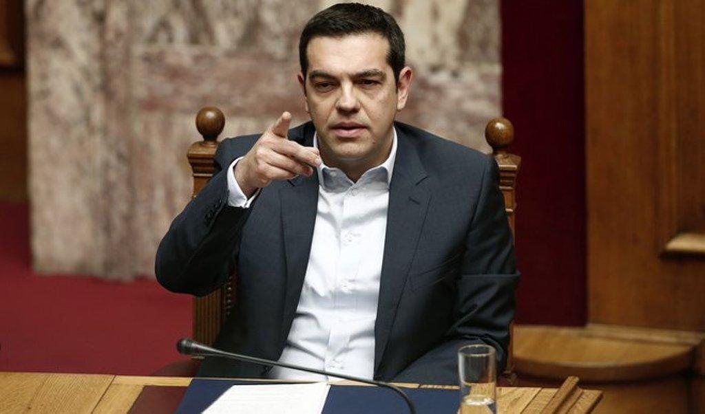 Tsipras paralajmërim Italisë: Tërhiquni tani