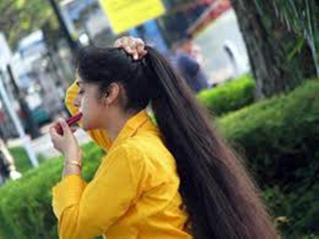 Ja disa sekrete nga Guru indiane, për flokë të bukur!
