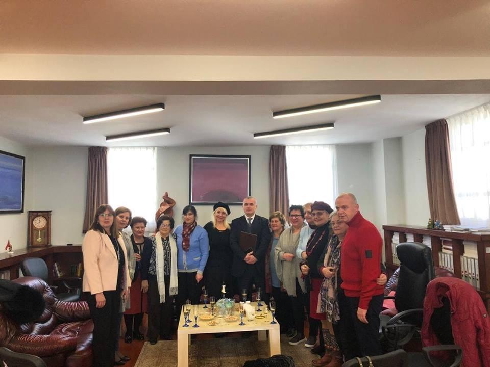 """Ceremonia e dorëzimit të medaljes""""Mirënjohje"""" z. Bujar Leskaj"""